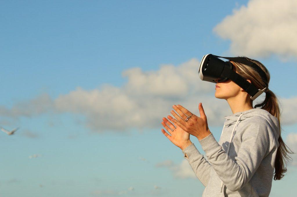 Wirtualna rzeczywistość – przyszłość marketingu i reklamy