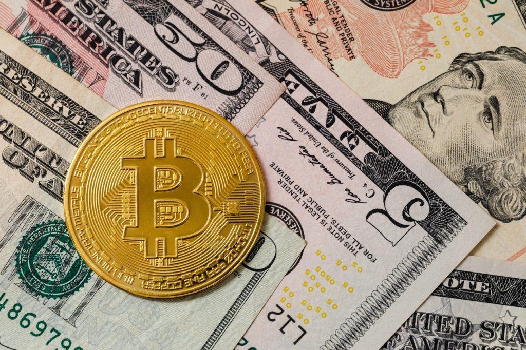 Czym jest Bitcoin i jak można nim płacić?