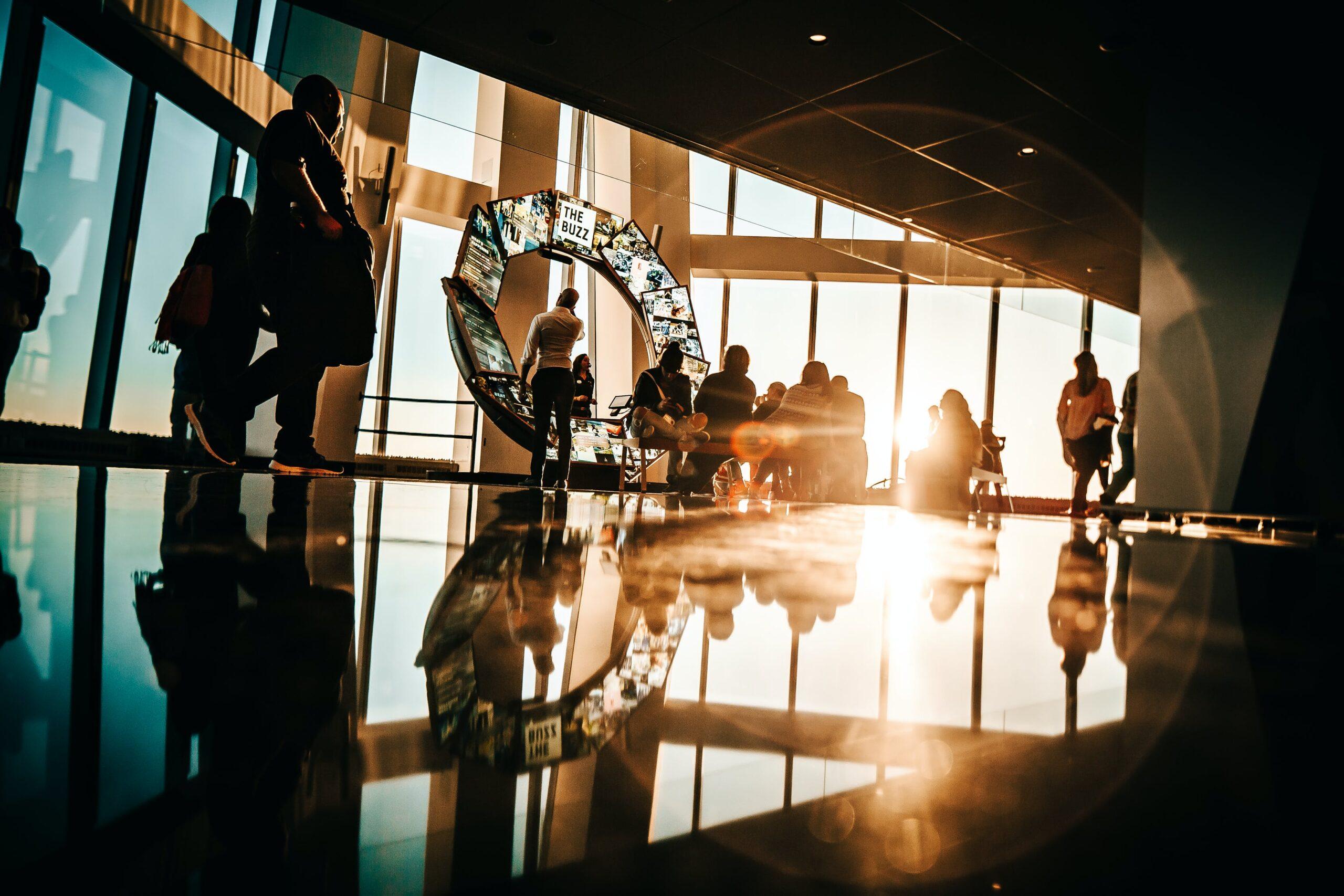 Czym jest branża MICE - rola turystyki biznesowej