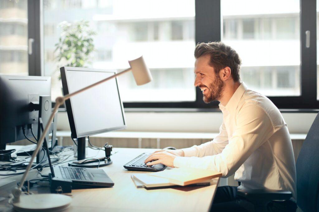 Certyfikat dla najlepszych firm – czym jest i jak się o niego ubiegać?