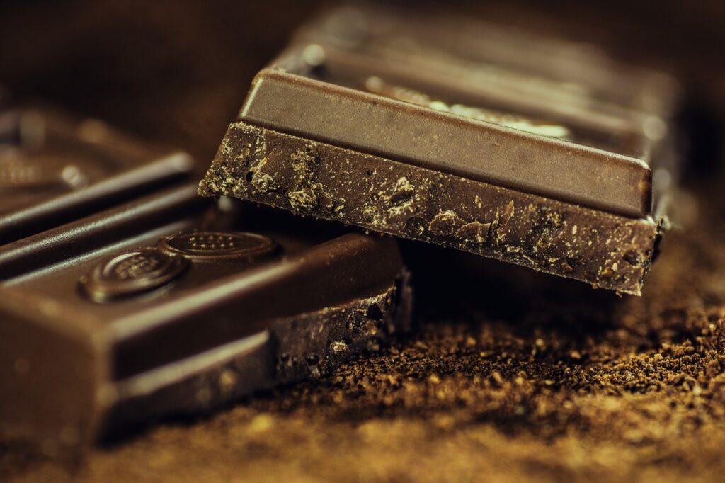 Dlaczego czekoladki firmowe to dobry pomysł na prezent?